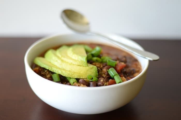 Black Bean and Quinoa Chili | FitFoodieFinds.com #heathy #recipe #glutenfre #chili