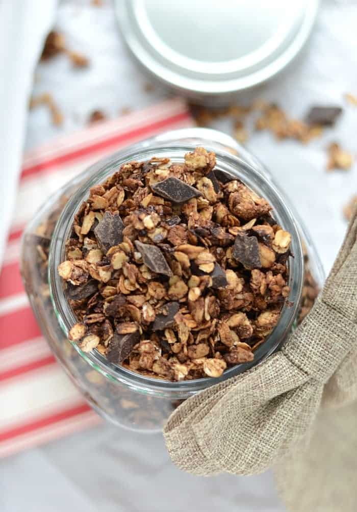 Edible Gift: Gingerbread Chocolate Chunk Granola