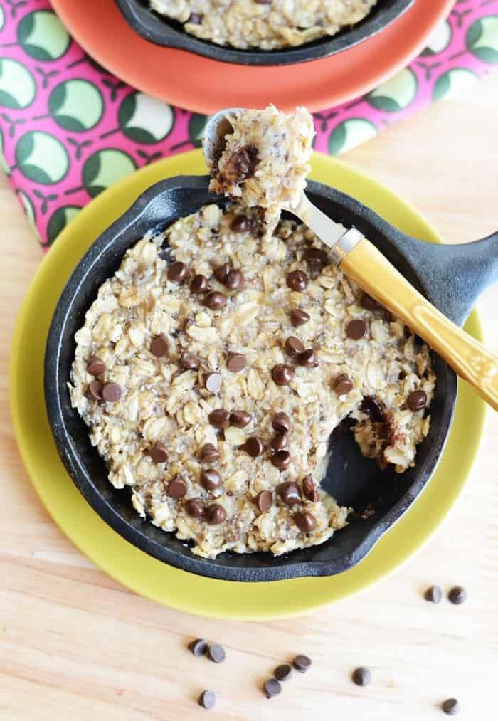 Single Serve Oatmeal Chocolate Chip Cookie #vegan #glutenfree #Fitfluential