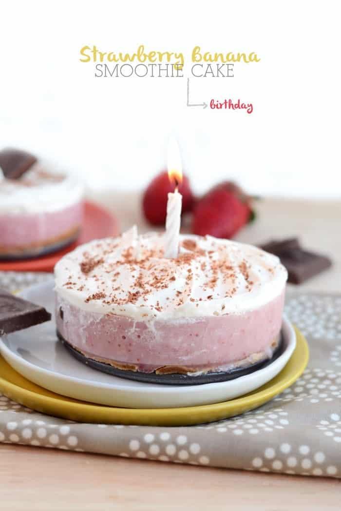 Strawberry Banana Smoothie Cake