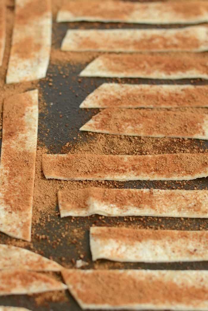 Cinnamon Sugar Crunchy Munchies- a delicious 120 calorie gluten-free snack!