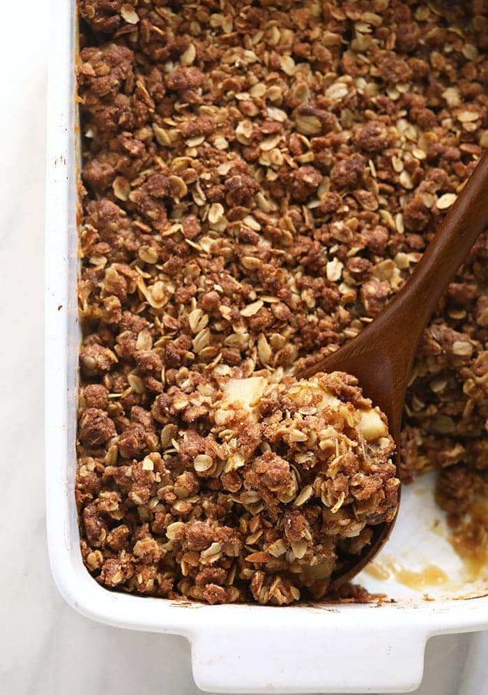 apple crisp in casserole dish