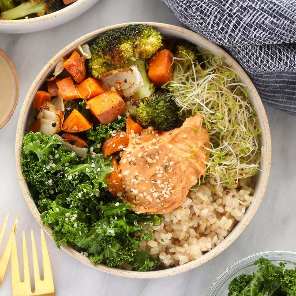 vegetarian brown rice bowl ready to be served