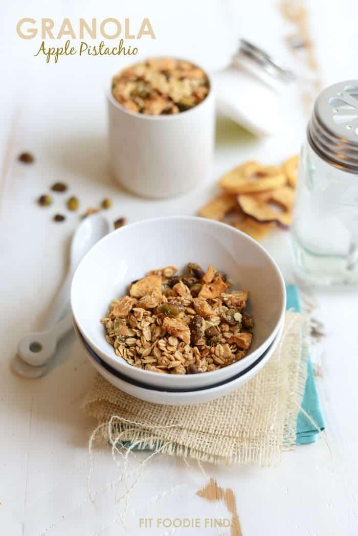 Apple Pistachio Granola #vegan #glutenfree