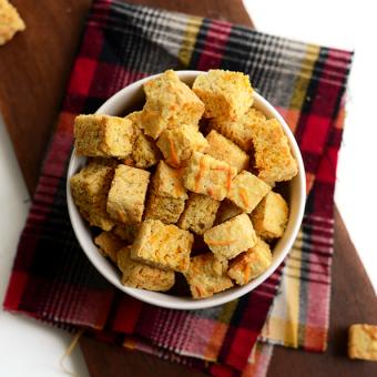 Gluten-Free Cheesy Cornbread Croutons