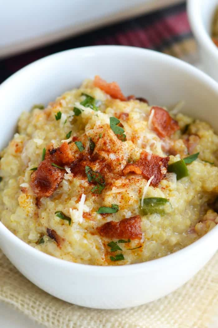Jalapeño Bacon Quinoa Mac n' Cheese- a delicious, gluten-free twist on a classic!