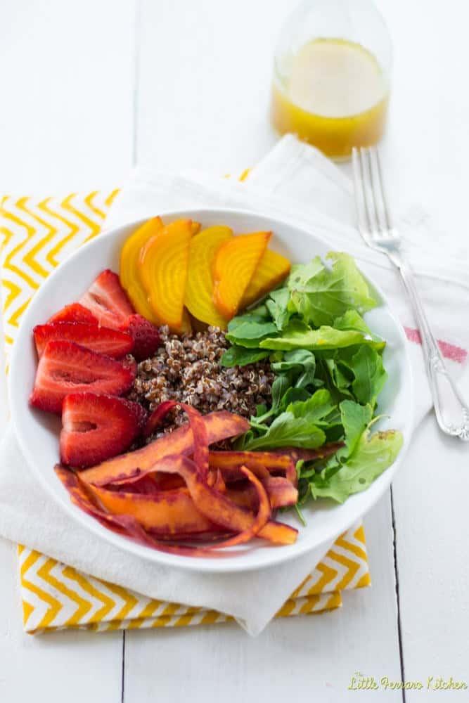 Rainbow Quinoa Salad with Honey Citrus Vinaigrette + More Healthy Detox Recipes!