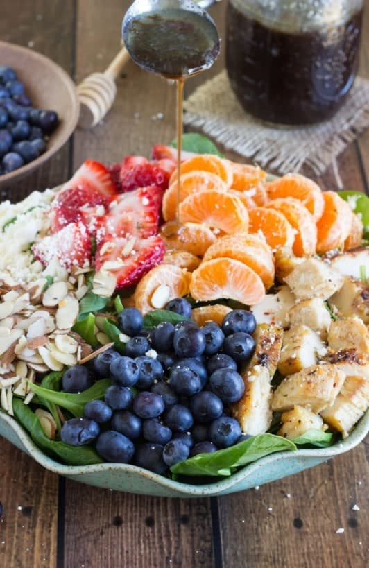Almond Berry and Chicken Spinach Salad + More Healthy Detox Recipes!