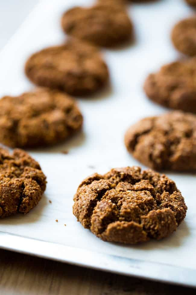 Paleo Gingersnap Cookies + 4 More Paleo Cookie Recipes