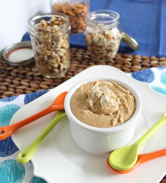Maple-roasted-vanilla-almond-cashew-butter