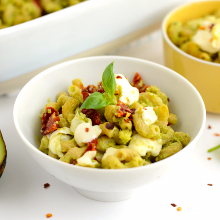 Spice up your typical mac n' cheese and make thisAvocado Mac and Cheese with Sun Dried Tomatoes made with whole grain noodles and balls of mozzarella.