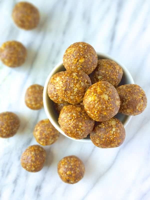 A healthy twist on the classic fig newton cookies, your entire family will love these energy-packed snack bites that are naturally gluten free, vegan and paleo-friendly.