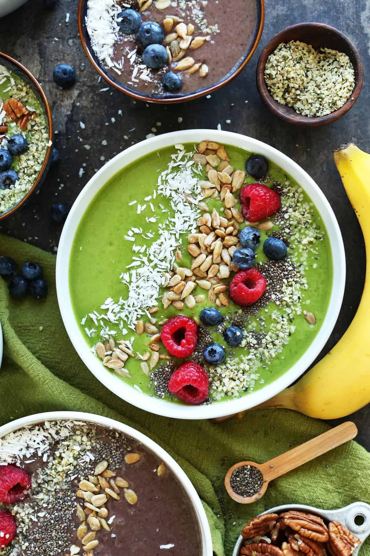 Need Healthy Recipe Inspiration? Check Out These 15 Superfood Bowl Recipes  For Different Mealbinations