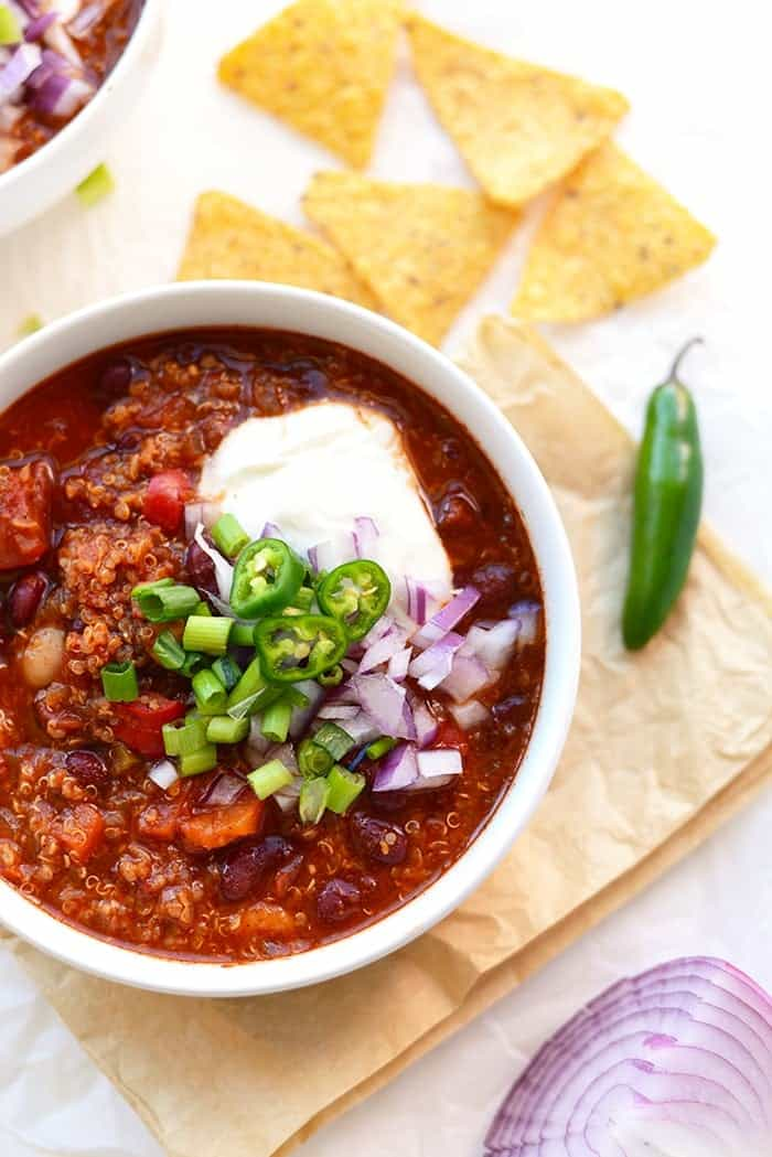 Looking for a high-protein vegetarian chili that's packed with flavor and easy to make? Use one single pot and make this Roasted Red Pepper Quinoa Chili!