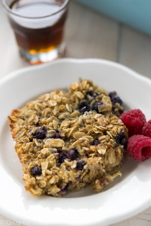 This list of oatmeal recipes brings you all the oatmeal flavor combos you could ever need. With its high fiber content, oatmeal is sure to keep you full all morning to conquer the day ahead!