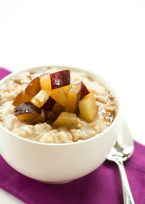 you could add any type of sweetener to this oatmeal, and top it with any type of fruit – summer berries, peaches, bananas, pears in the fall – anything!