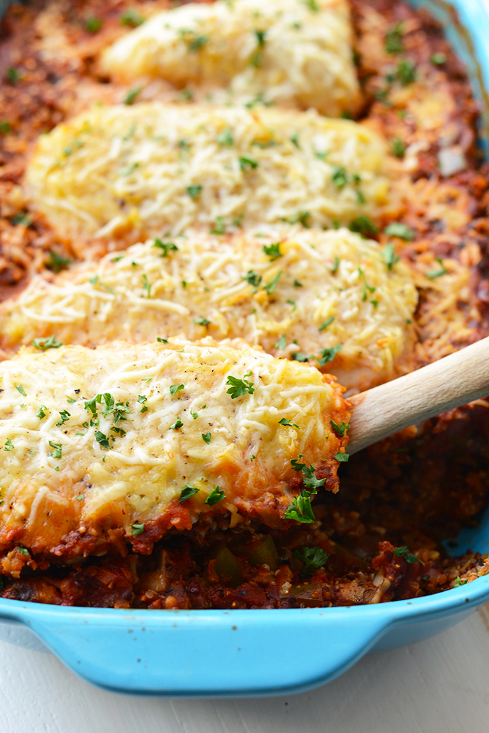 Healthy chicken parmesan quinoa bake fit foodie finds looking for a lightened up dinner that will feed the whole family make this forumfinder Image collections