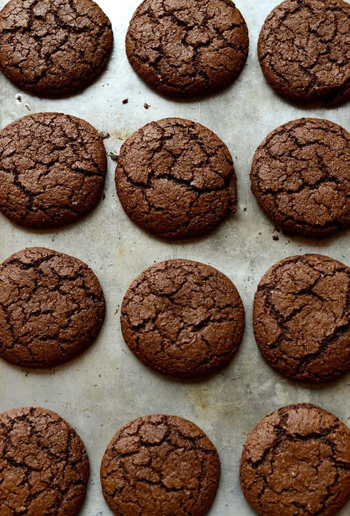 These might be THE BEST gluten-free chocolate ginger molasses cookies you've ever made. Crunchy on the outside and chewy on the inside. YES PLEASE!