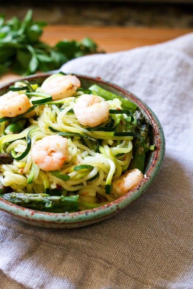 Spicy-Shrimp-and-Asparagus-over-Zucchini-Noddle-Pasta