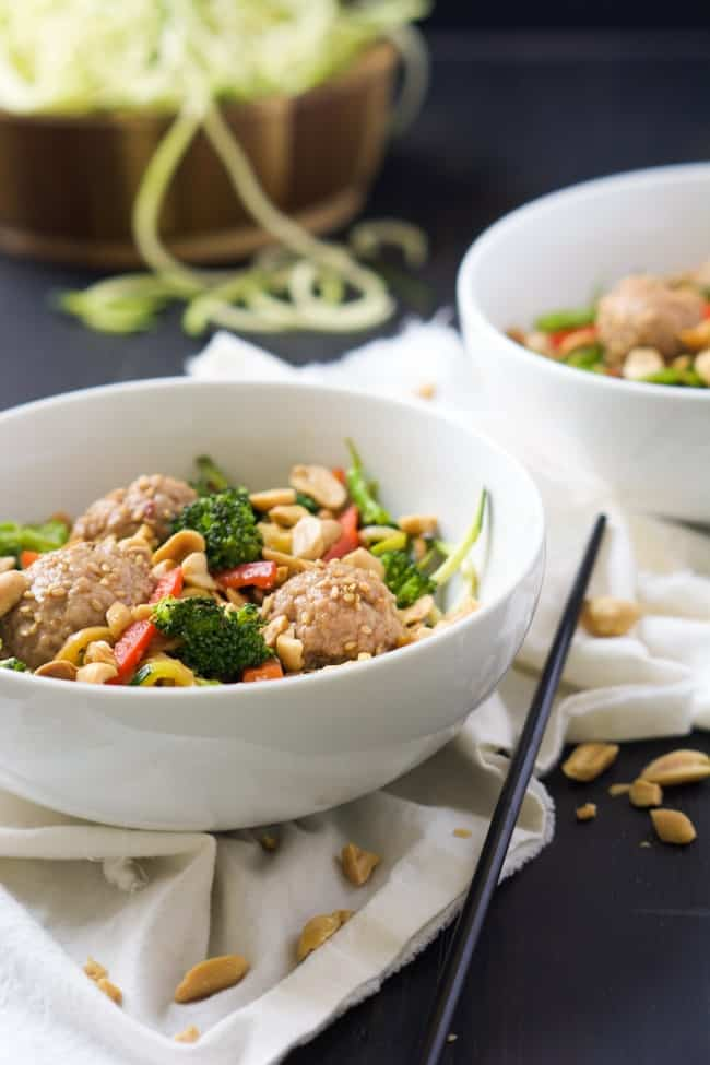 Spiralized-Teriyaki-Zucchini-Noodles-with-Asian-Meatballs_-3