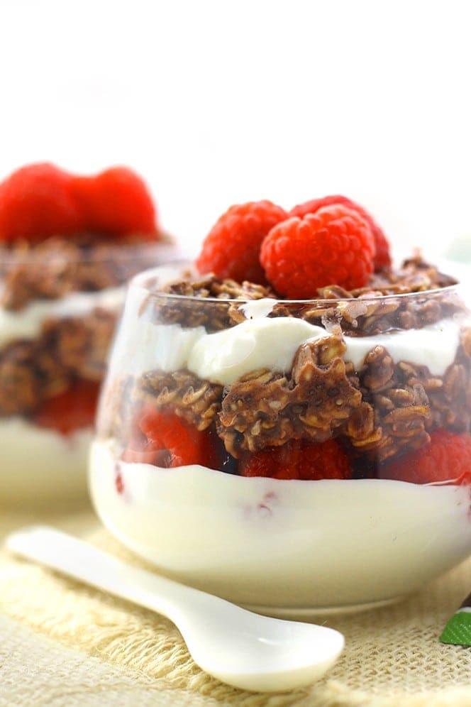 Chocolate Raspberry Overnight Oat Parfaits
