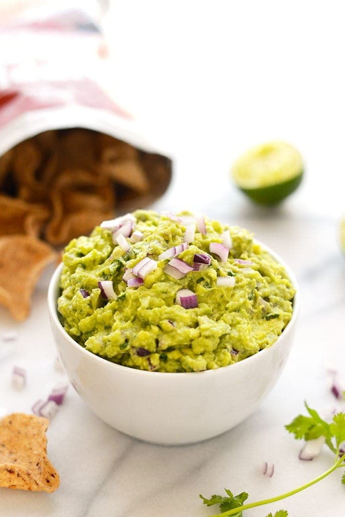 guacamole in bowl