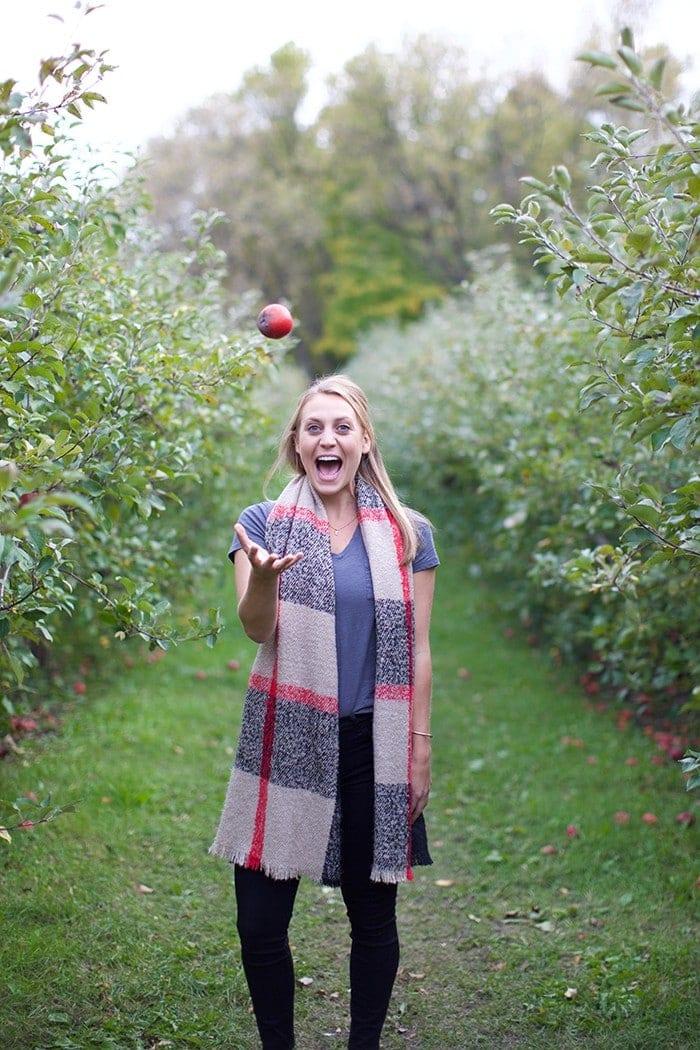 Minnesota Series- Minnetonka Orchards with the Girls