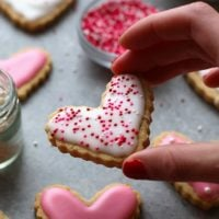frosted gluten free sugar cookies