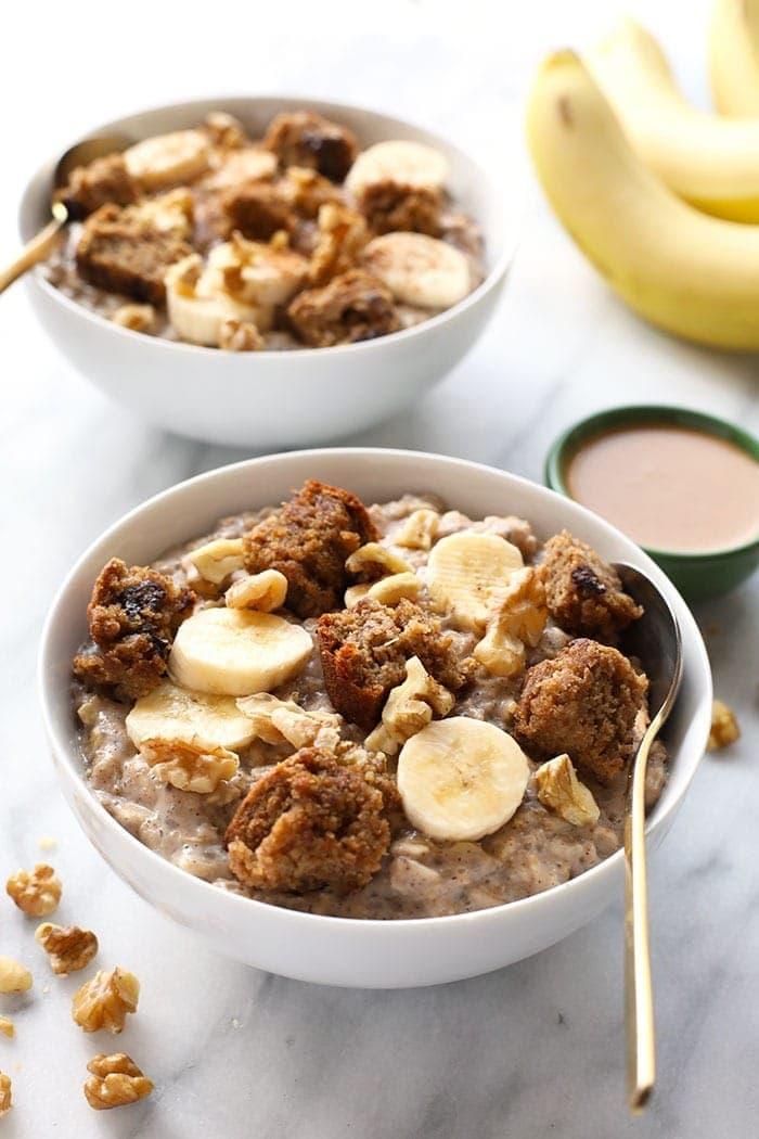 banana stovetop oatmeal with sliced banana
