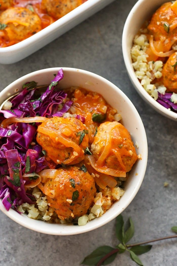 Red coconut curry meatballs