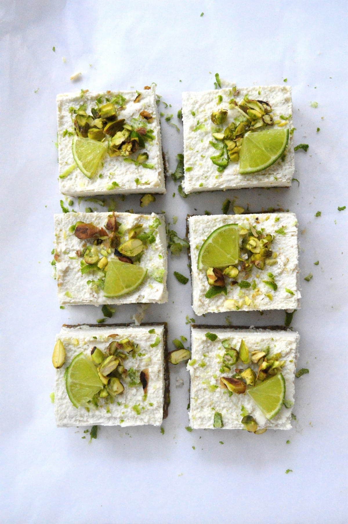 http://www.lifeofgoodness.com.au/raw-pistachio-coconut-lime-cheesecakes/