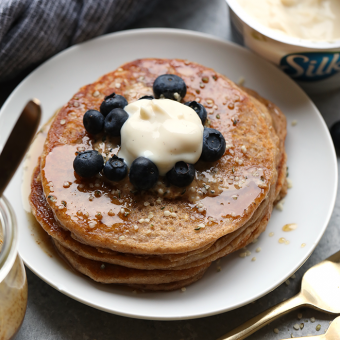 Super Simple Whole Wheat Vegan Yogurt Pancakes