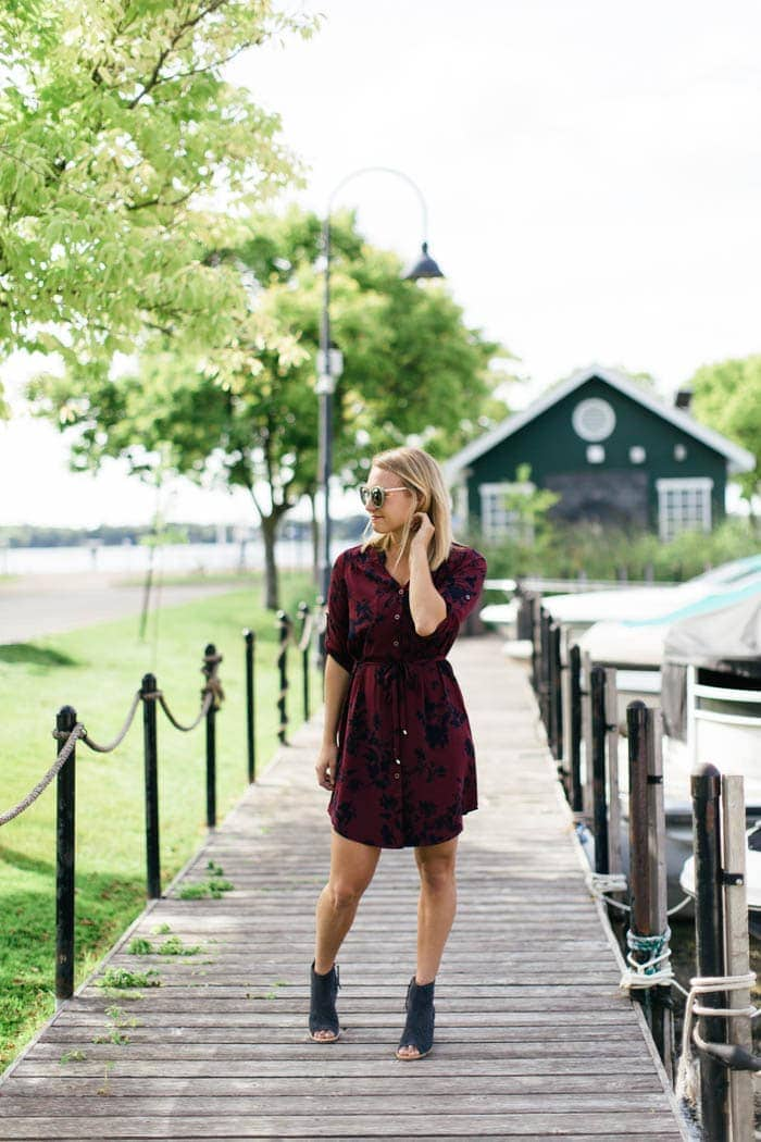 Looking to get a fall stitch fix? Here's the findings from my latest September Stitch Fix Box. You'll find 2 dresses perfect for any fall wedding, an amazing pair of skinnies, and an open toe bootie.