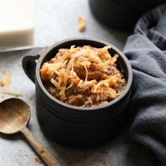 Slow Cooker Apple Cinnamon Steel Cut Oats