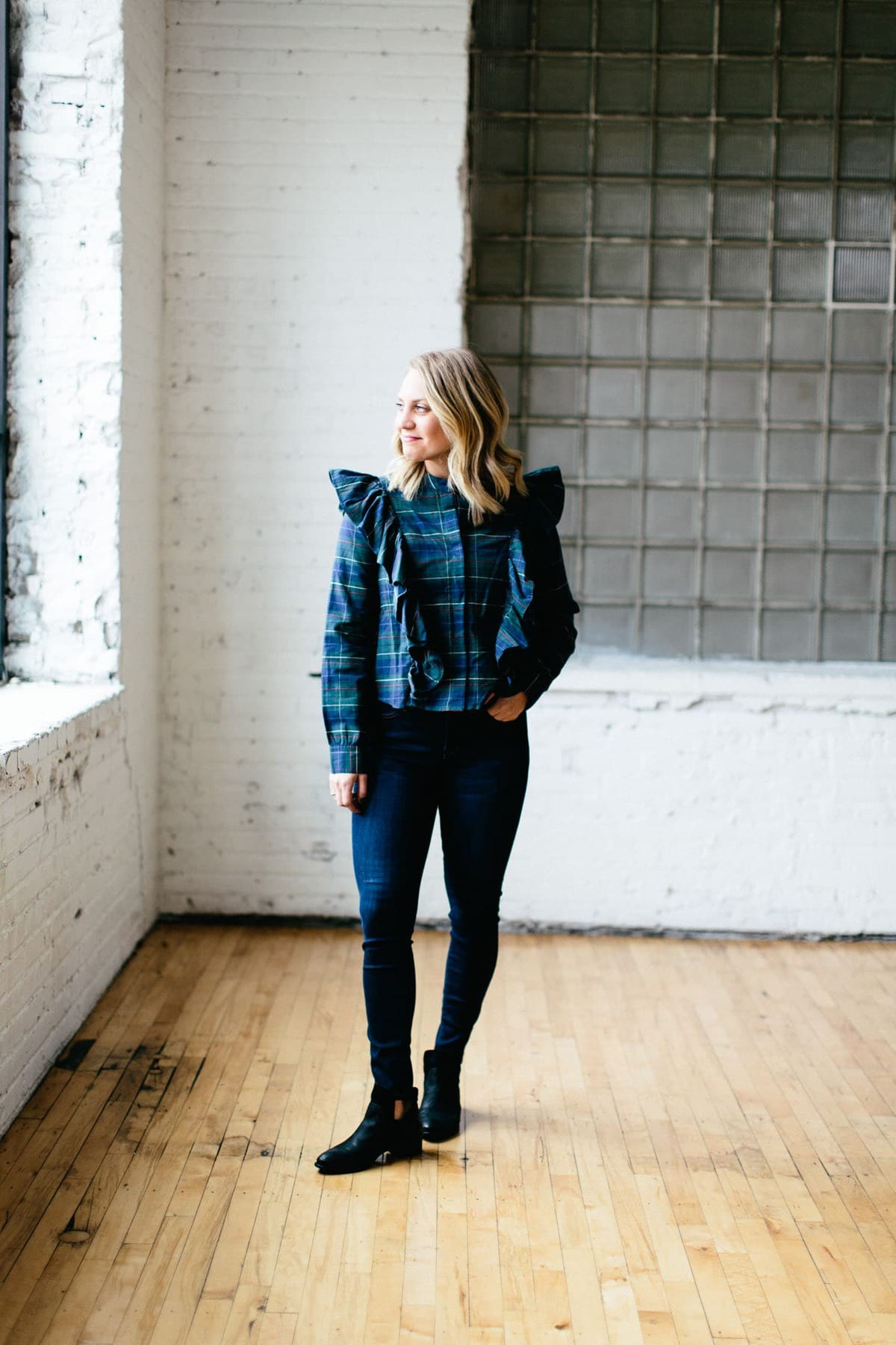 Fall 2017 style must-haves from popular retailers such as Nordstrom, Express, and Madewell!