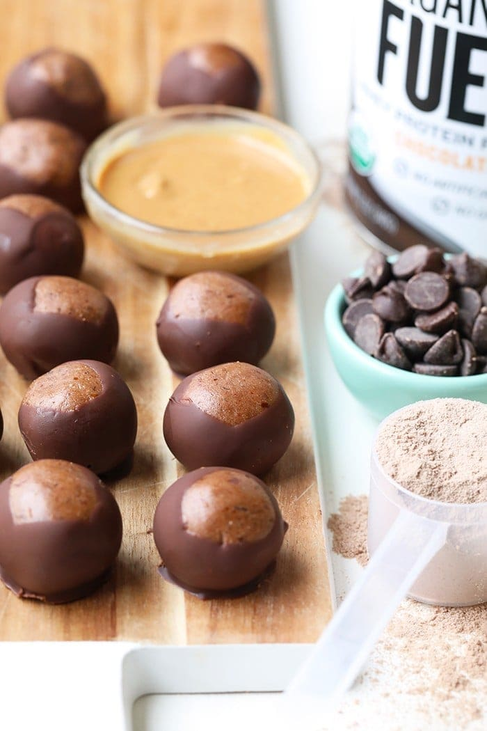Post workout snack or dessert? How about both! These Chocolate Protein Buckeyes are grain-free, made with Organic Valley Chocolate Whey Protein Powder, nut butter, and a dark chocolate coating. They're low carb, high protein, and only 123 calories.