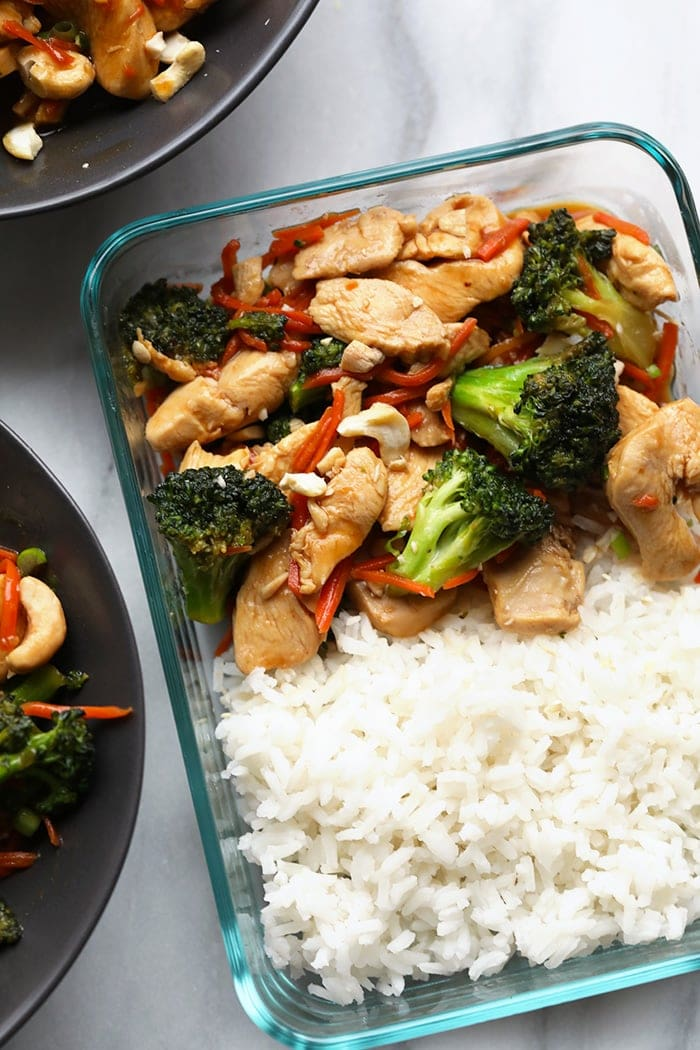 chicken stir fry in meal prep container