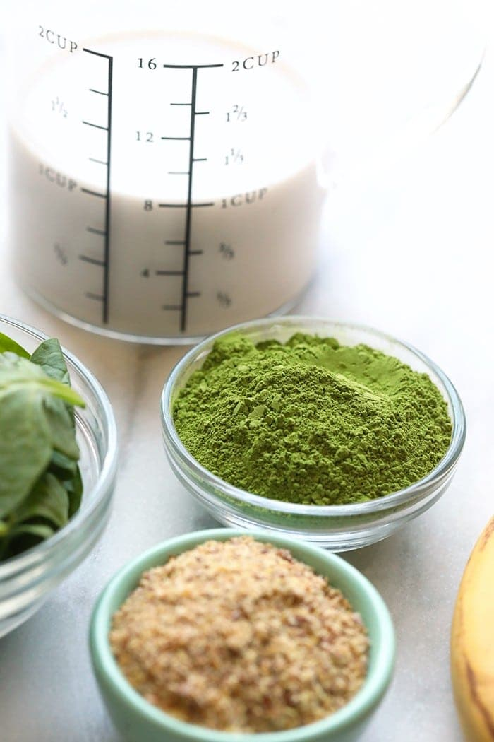 ingredients for the matcha smootie