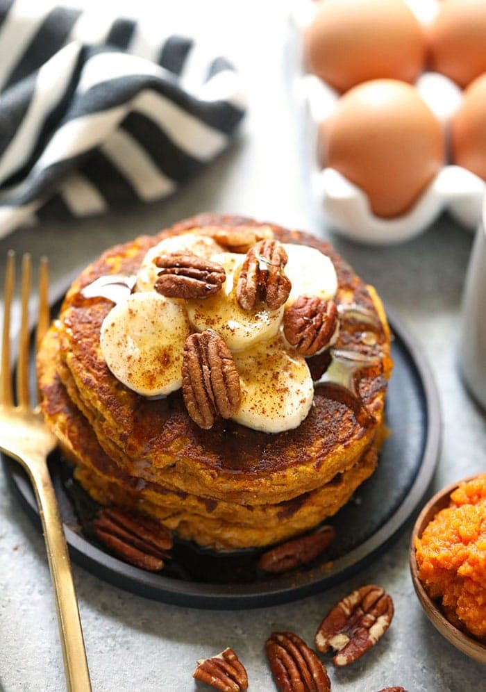 Start your day off right with these grain-free, pumpkin-packed, and oh so scrumptious Paleo Pumpkin Pancakes.These festive pancakes will spruce up your Fall breakfasts all season long. Whip up a batch today!