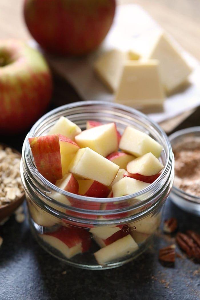 Sliced apples in a mason jar