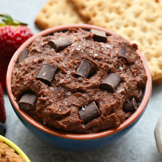 This chocolatey bowl of heaven is packed with protein and fiber thanks to a whole can of garbanzo beans. To make our Brownie Batter Sea Salt Edible Cookie Dough Dip, blend together garbanzo beans, cocoa powder, maple syrup, almond butter, and sea salt and you'll be licking this bowl clean...no boxed brownie batter necessary!