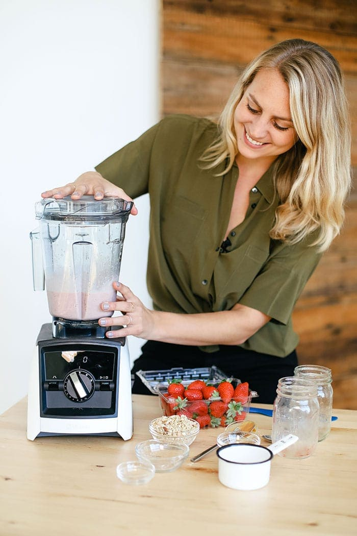 healthy breakfast smoothie being made in the Vitamix