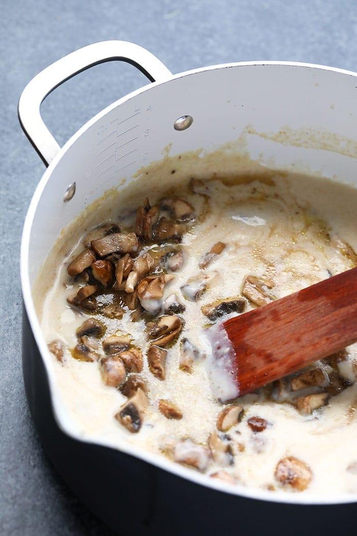 mushroom gravy in large pot