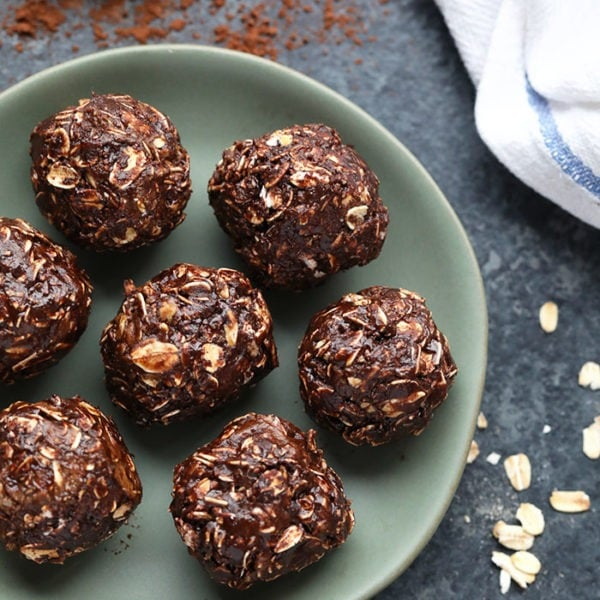 Chocolate No Bake Peanut Butter Balls