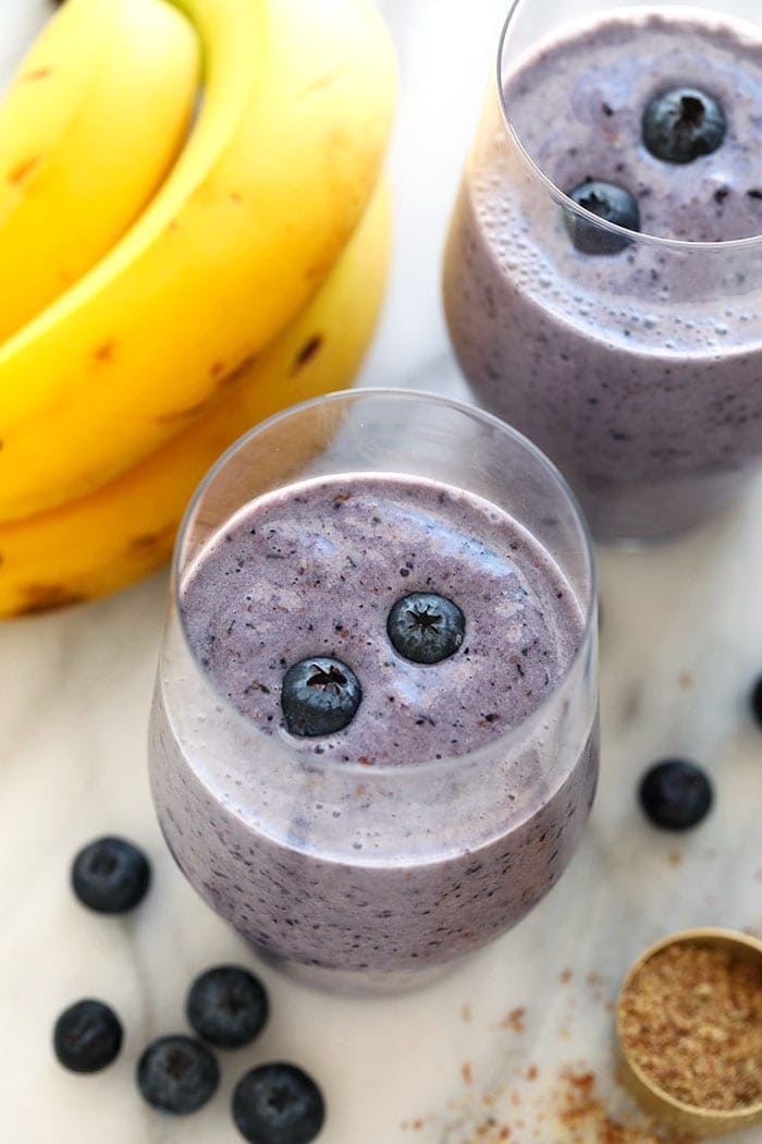 blueberry banana smoothie in a cup