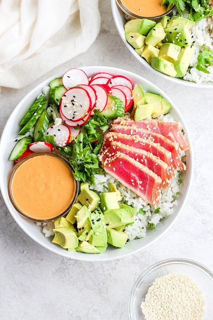 seared ahi tuna poke bowl