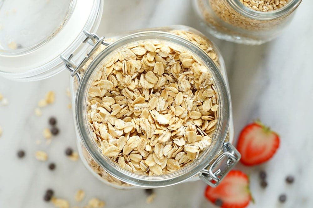rolled oats in glass jar