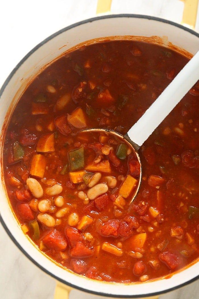 vegetarian chili in stockpot