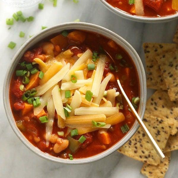 chili in bowl