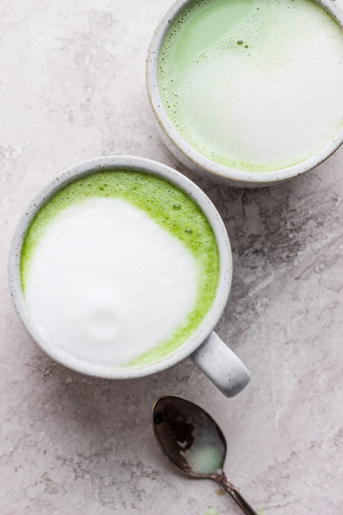 matcha latte in mug